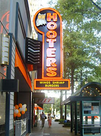 Hooters Signage